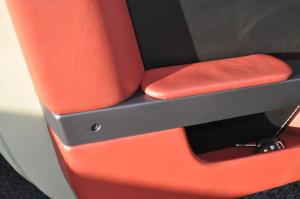 Maserati_Gransports_seat_door_111520151
