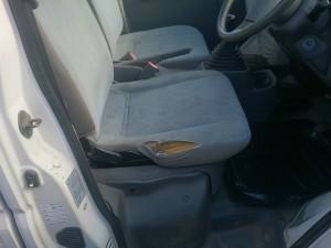 Mitsubishi_minicab_seat_111020151
