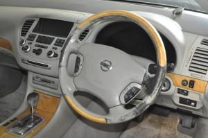 Nissan_Cima_steering_shiftnob_111620151