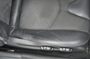 Nissan_FairLadyZ_seat_121420153