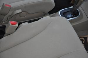 Nissan_Tiida_seat_111920152