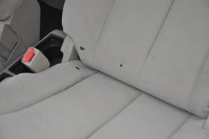 Nissan_Tiida_seat_111920153