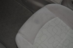 Mazda_Demio_seat_122320152