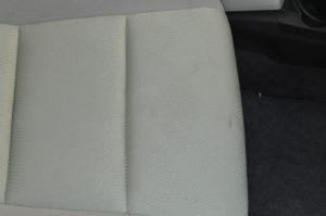 Toyota_Aqua_seat_122420152