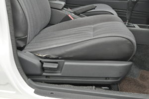 Toyota_MarkII_seat_040120161