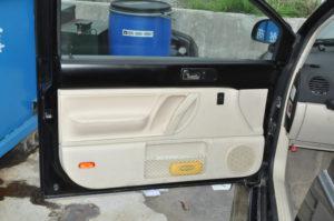 VW_Beetle_Roofheadlinning_doortrim_032520162