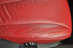 Nissan_Elgrand_seat_041720161