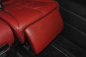 Nissan_Elgrand_seat_041720166