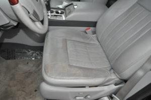 lincoln_navigator_seat_052820161