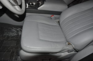 lincoln_navigator_seat_052820162