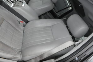 lincoln_navigator_seat_052820163
