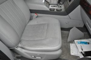 lincoln_navigator_seat_052820165