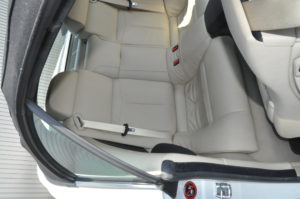 bmw_650i_seat_cleaning-061920167
