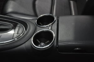 amg_e55_seat_cupholder_072320163