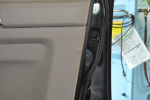 landrover_discovery_doortrim_072620161