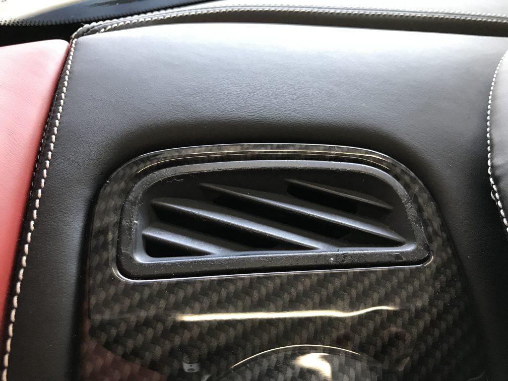 フェラーリ F430 内装パーツのベタツキ補修