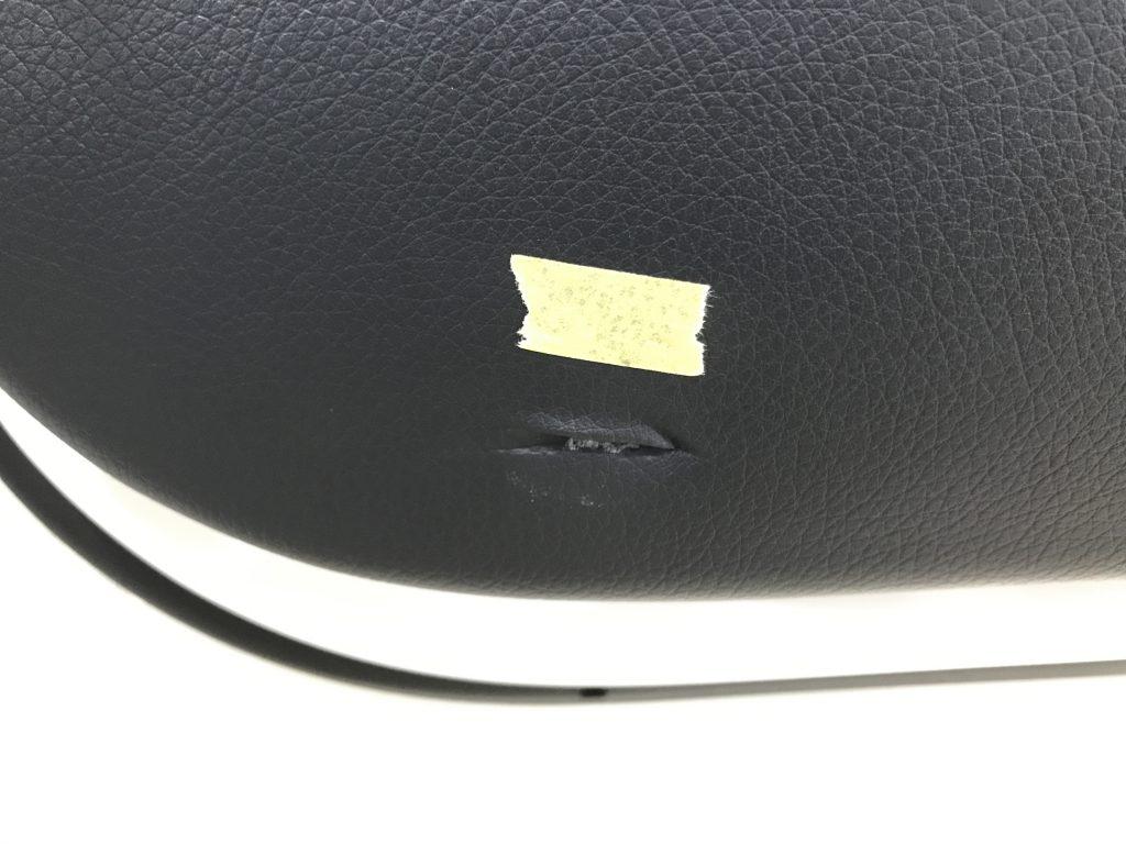 AMG C63 ドアトリムの凹み傷補修