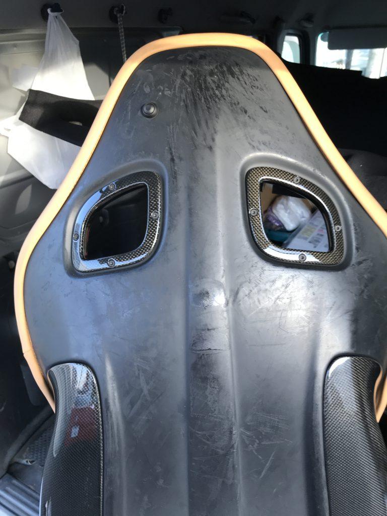 フェラーリ F599 シート背面塗装のベタツキ補修