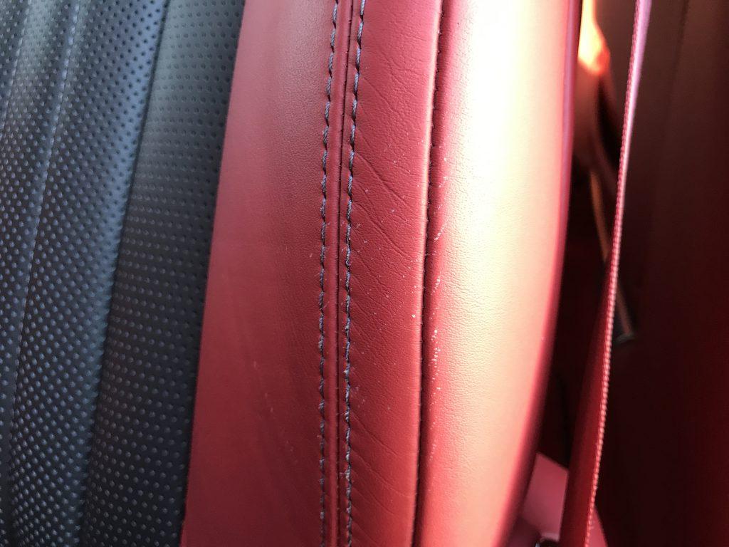 ベントレー フライングスパ 本革シートの色剥がれ補修