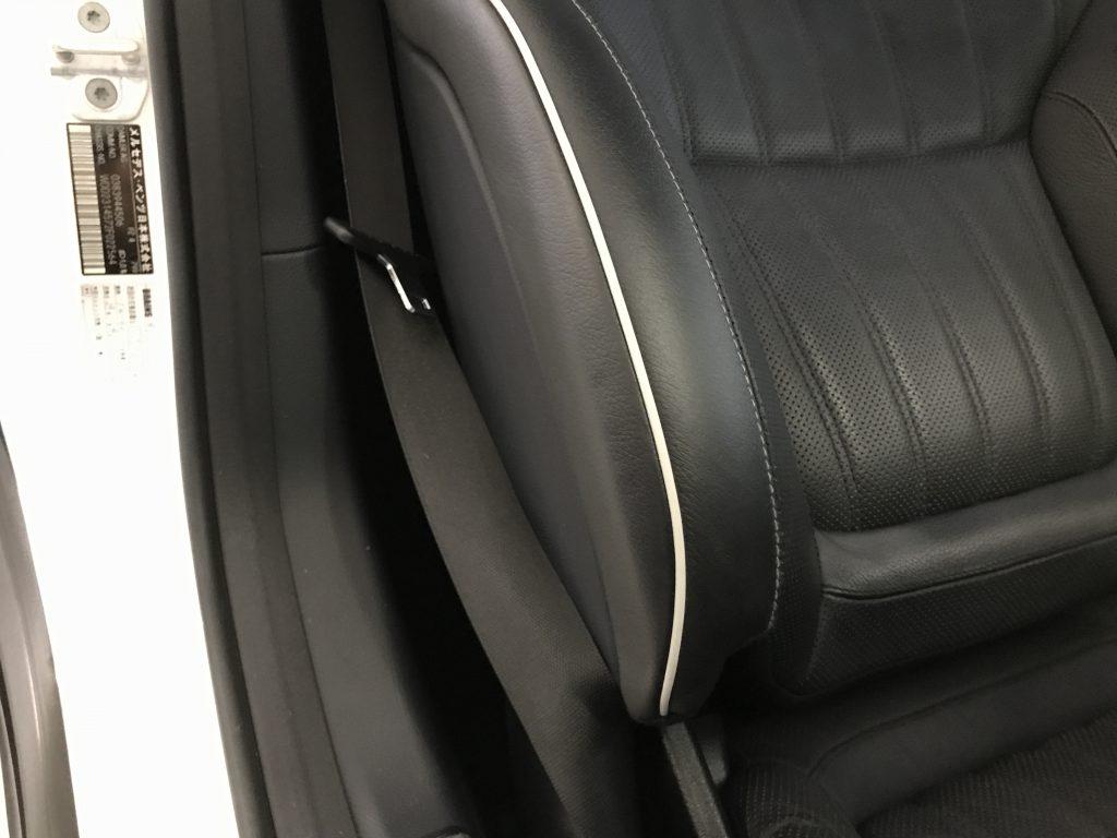 メルセデスベンツ SL350 シートの擦り傷補修