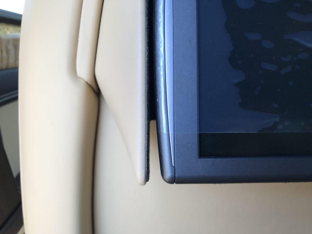 ベントレー フライングスパー 内装の色剥がれ補修
