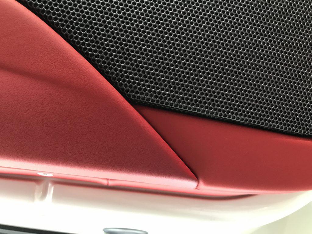 フェラーリ 458 ドアトリム、シートの小傷補修