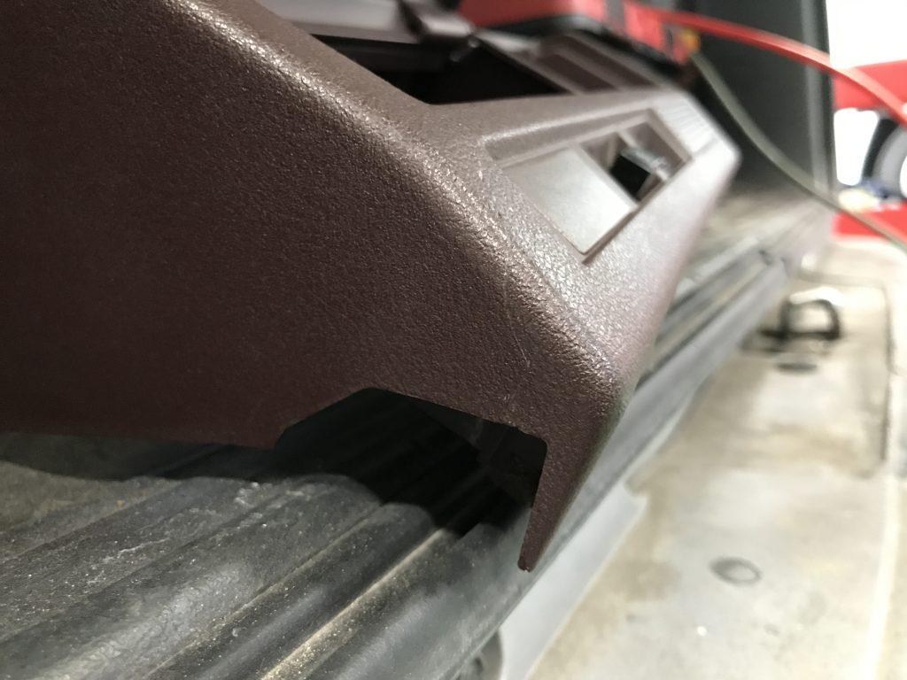 トヨタ クラウン インパネの傷補修