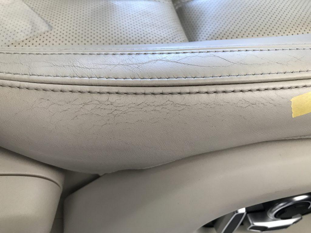 レンジローバー ヴォーグー 本革シートの皺などの補修