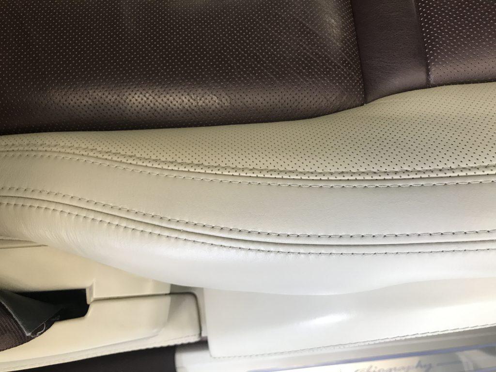 レンジローバー シートの皺、擦り傷補修 -2052