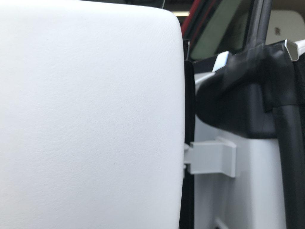 ロールスロイス ゴースト ドアトリムの汚れ補修