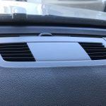 BMW 320i 樹脂部品の塗装剥がれ補修