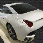フェラーリ カリフォルニア ドアトリムの色剝がれ補修