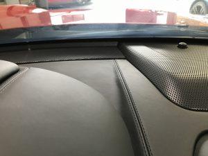フェラーリ カリフォルニア ダッシュボードの本革表皮剥がれ補修