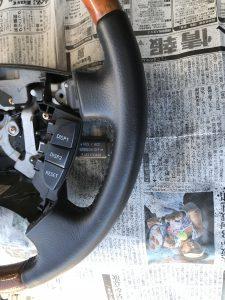 トヨタ セルシオ レザー・ウッドコンビハンドルの色剥がれ補修