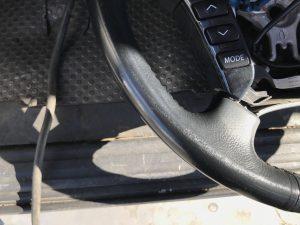 トヨタ クラウン 本革ステアリングの色剝がれ補修