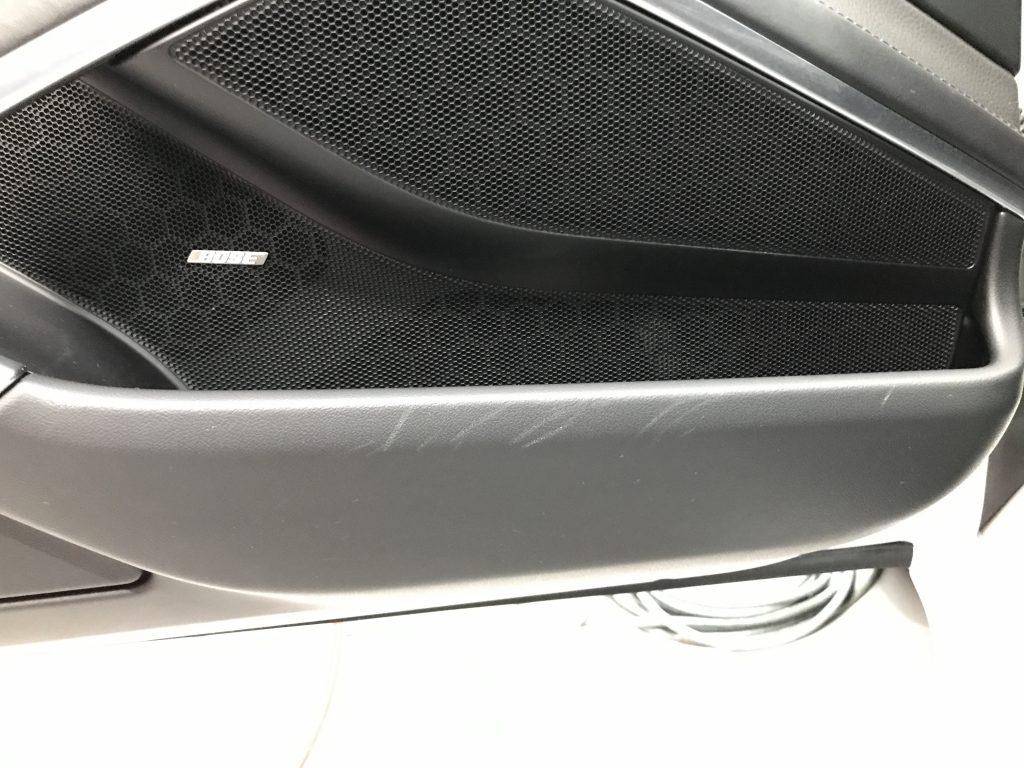 ポルシェ 911タルガ ドアトリム、クォーターパネル、シート等インパネの擦り傷補修