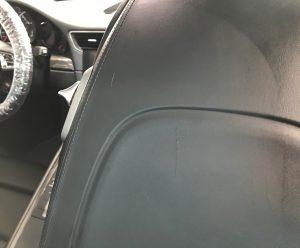 ポルシェ 911ターボS シートバック(背面)の擦り傷補修