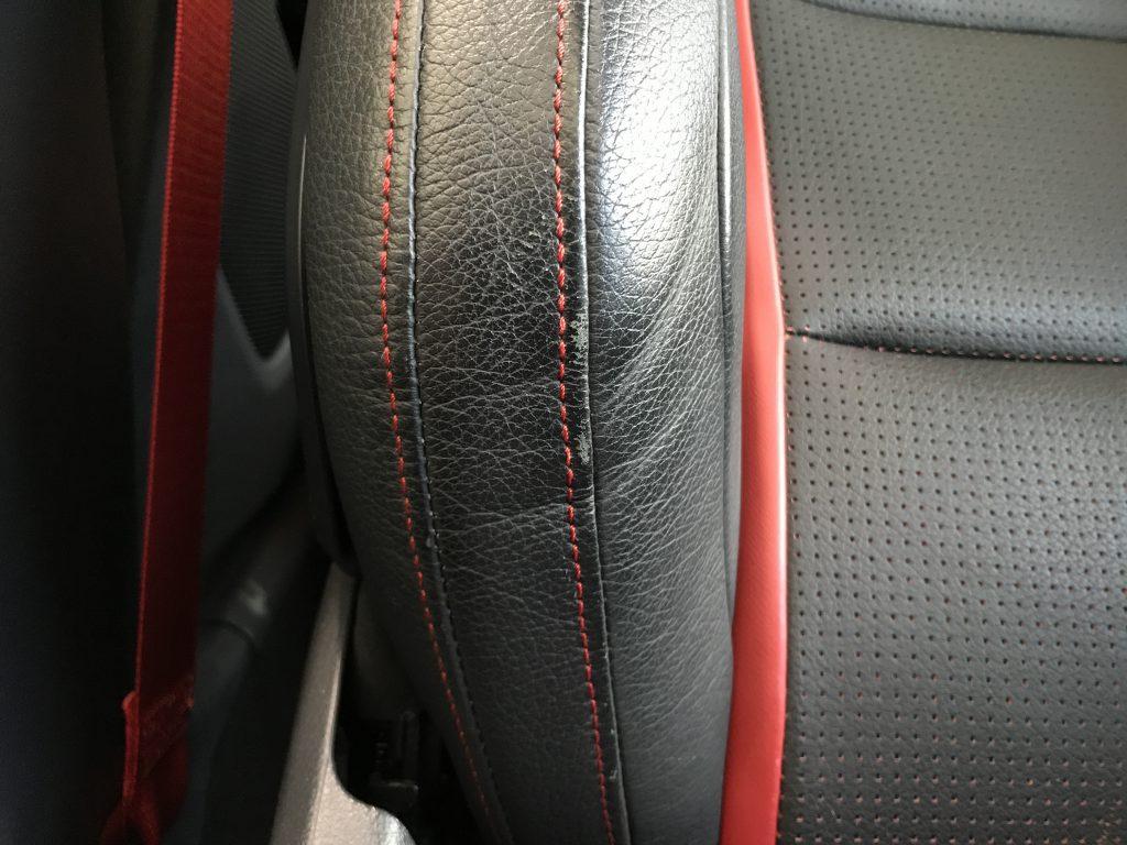 AMG GLA45 レザーシートの擦り傷、色剥がれの補修