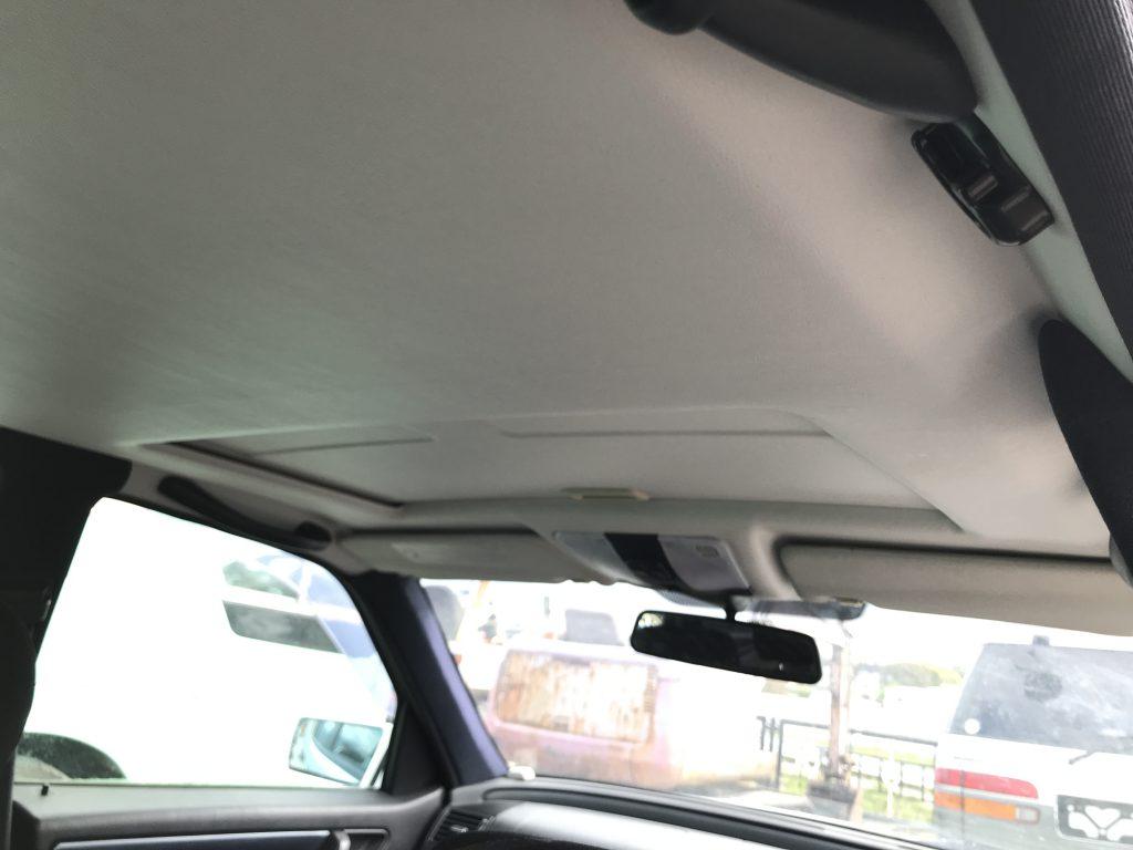 メルセデスベンツ C200 ルーフライニング(天井生地)張替